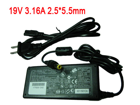 Dell Inspiron 1000 100-240V-1.5A,50-60Hz 19v 3.16A ~ 3.5A Adapter