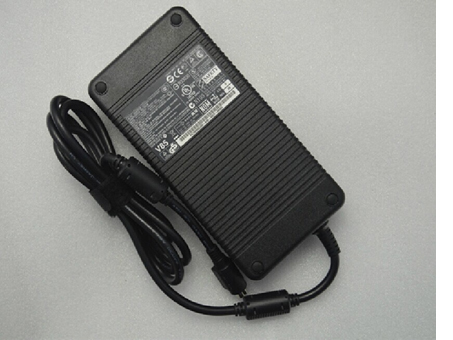 Toshiba Satellite CHARGER 19V DC 12.2A 230W 4pin